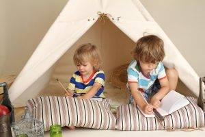 School Holiday Activities for Kids : Building a Cubby House