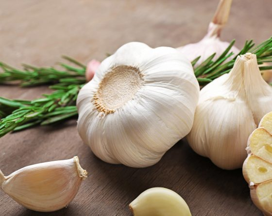 What are the benefits of garlic?